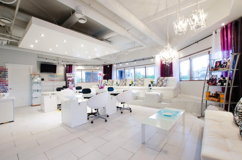Luxury Nail Salon And Spa